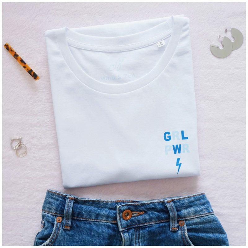 tee-shirt girl power, couleur bleu et loose, femme