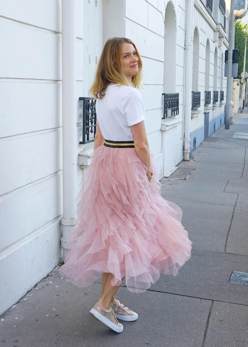 Jupe tulle rose à la Carrie Bradshaw, avec élastique noir et doré