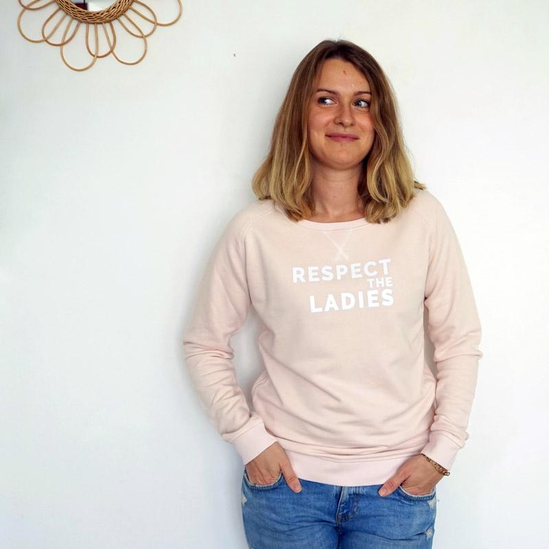 Détails sweat femme Respect the ladies rose bonbon