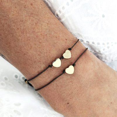 Bracelet petit coeur doré à personnaliser avec le nombre d'enfants, cadeau parfait pour une maman pour une naissance ou un anniversaire