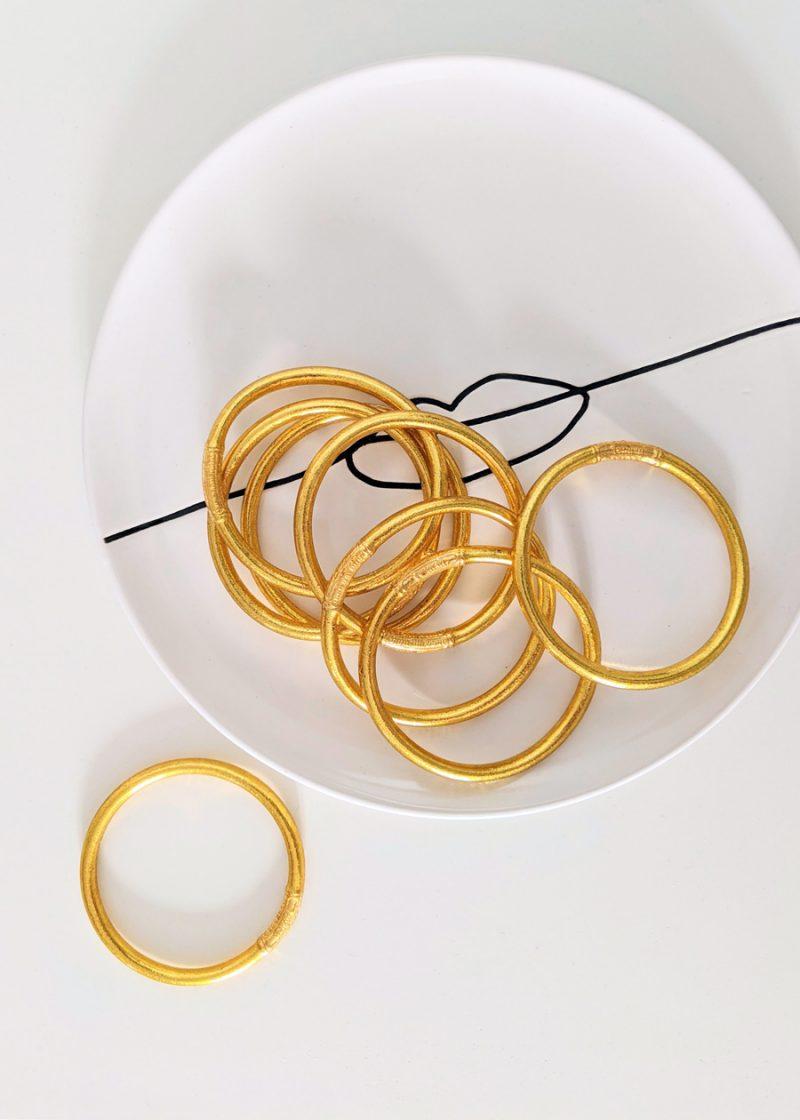 Bracelet jonc bouddhiste à mantra porte bonheur de couleur gold