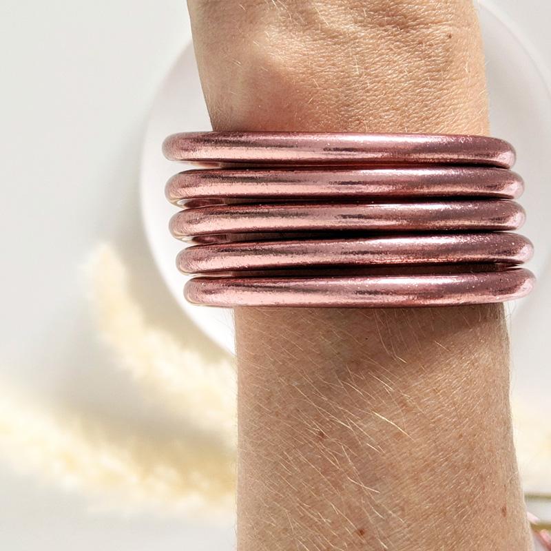 Bracelet jonc bouddhiste porte-bonheur à mantra couleur rose gold