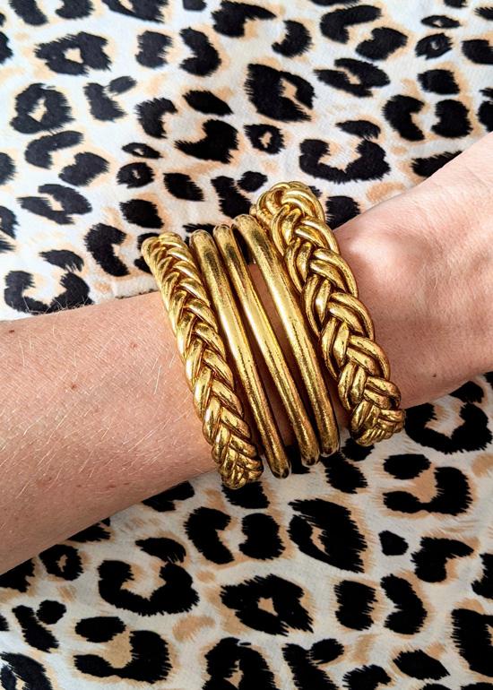 Bracelet-jonc-bouddhiste-mantra-porte-bonheur-double-tresse-doré