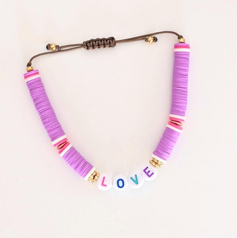 Bracelet violet personnalisé aux couleurs de l'été