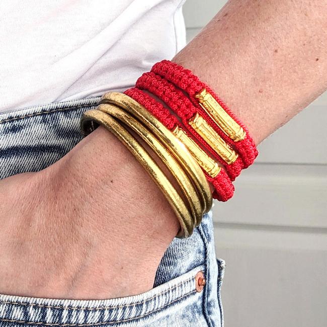 Bracelet bouddhiste rouge et jonc bouddhiste doré