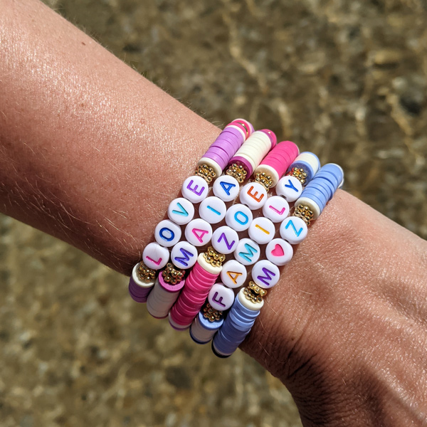 Bracelets-Little-Words-Spring-edition-à-personnaliser-prénoms-enfants