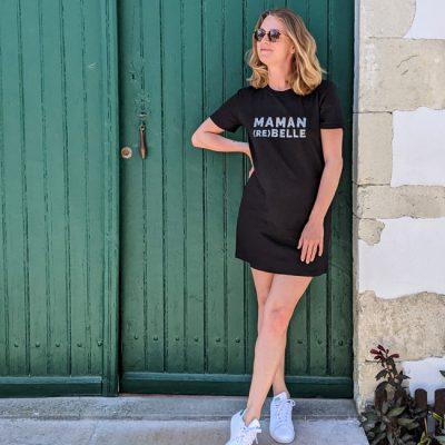 Robe-t-shirt-noire-maman-rebelle-zèbre