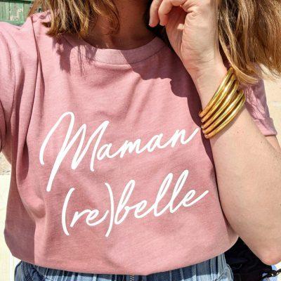 T-shirt maman rebelle rose vintage et jonc bouddhiste doré