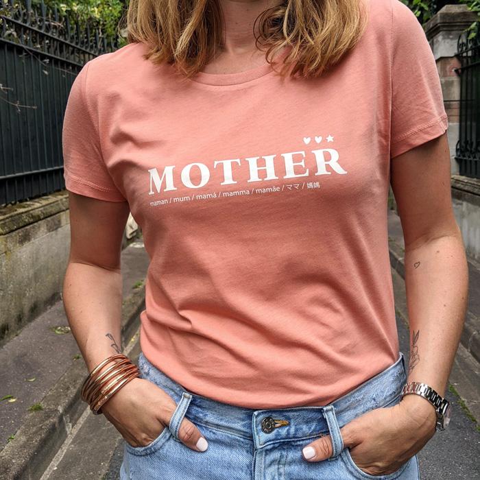 T-shirt mother corail pour mum of one, mum of two, mum of three. Cadeau parfait à offrir à une maman pour une naissance ou la fête des mères
