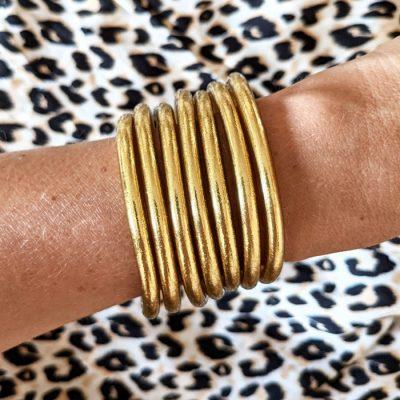 Bracelet jonc bouddhiste light gold doré clair Maia et Zoé