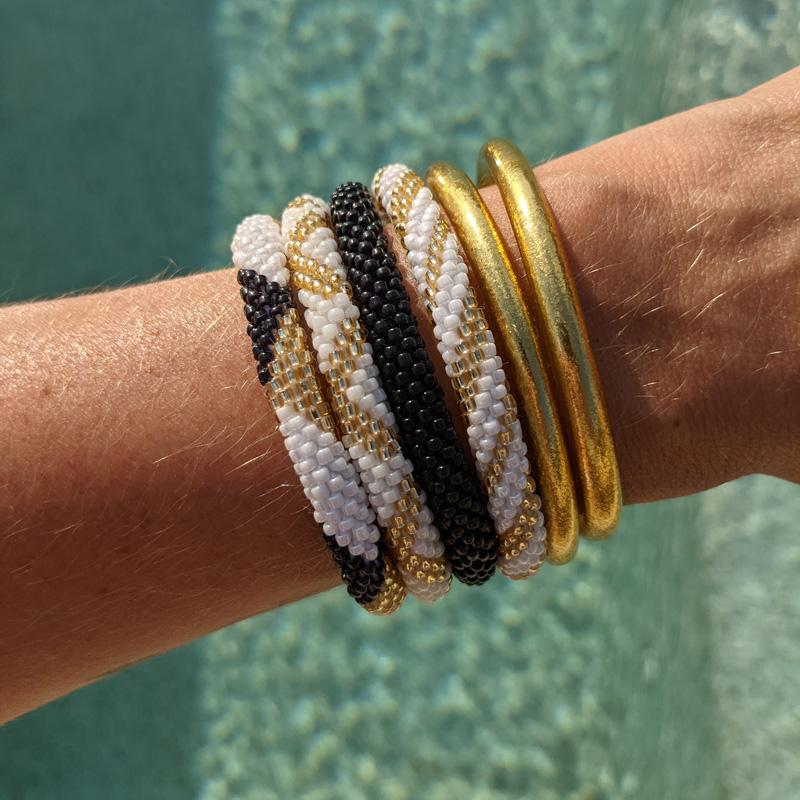 Bracelet népalais blanc et bracelet népalais or Maia et Zoé