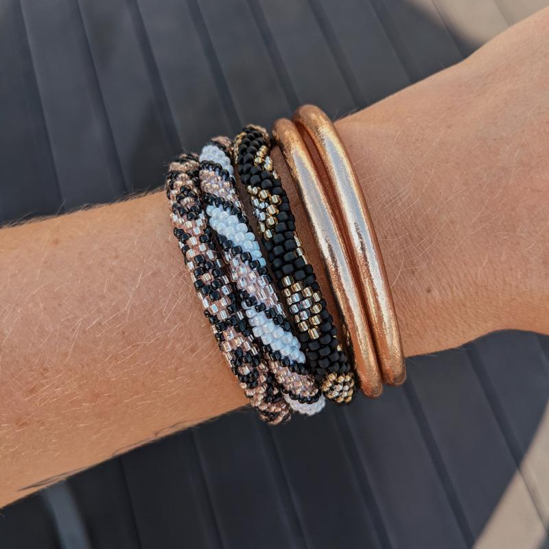Bracelet népalais noir Maia et Zoé