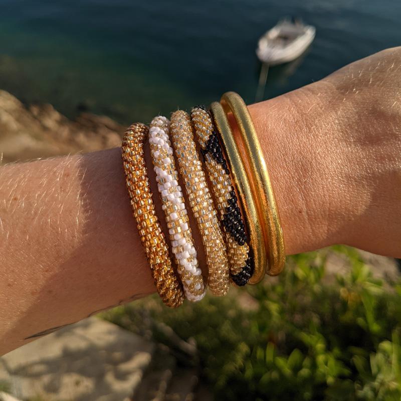 Bracelets népalais dorés Maia et Zoé