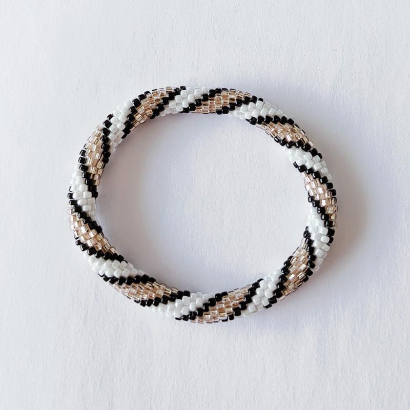 Bracelet népalais blanc rosé et doré - Maia et Zoé
