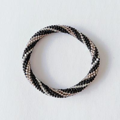 Bracelet népalais noir, argent en spirale - Maia et Zoé
